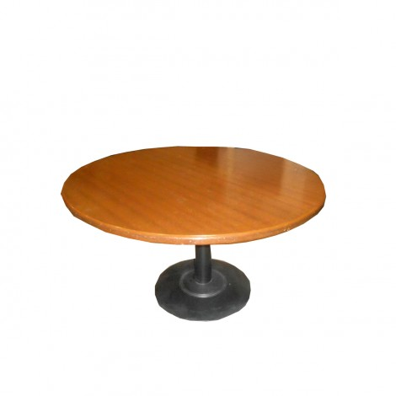 Mesa de reunión de madera nogal barnizada de 130 cm