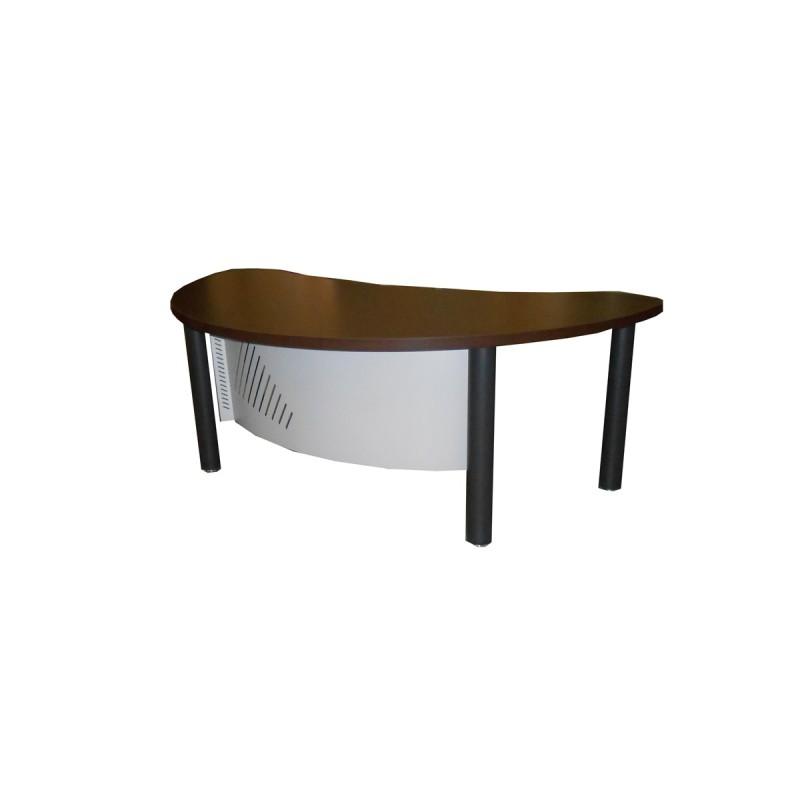 Mostrador recepción de un con forma en la tapa y faldón metálico en wengué y negro.
